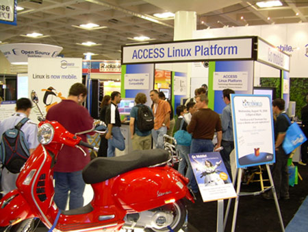 PalmSource Booth at LinuxWorld SF