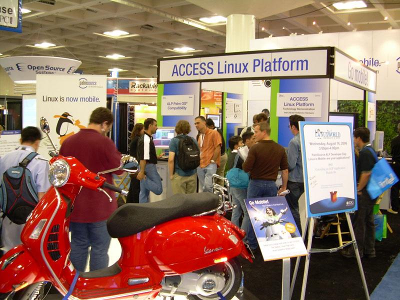 ALP-linuxworld-sf-06.jpg - PalmInfocenter.com Image Detail