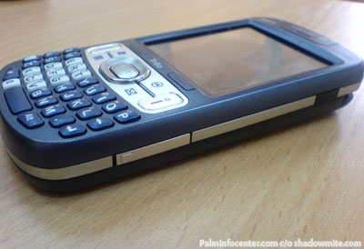 Palm Treo 800w Side
