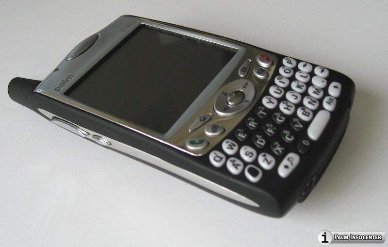 treo-650-blacktie-7-L.jpg - PalmInfocenter.com Image Detail